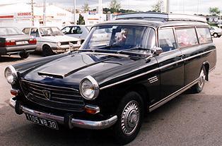 1966 Peugeot 404 corbillard 2