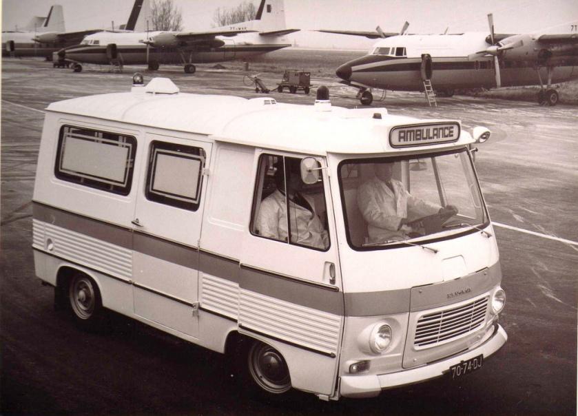 1966 Peugeot J7 Visser ambulance