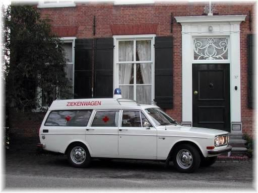 1970 Ambulance Volvo 140