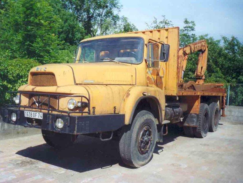 1970 UNIC 2764 V8