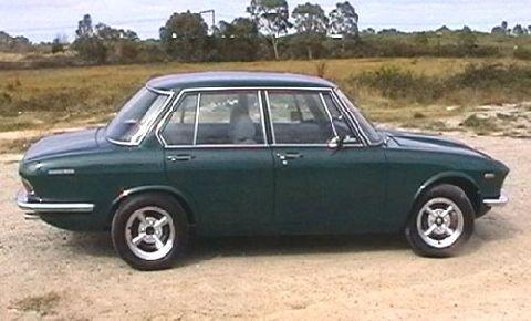 1971 Mazda 1800 zijzicht