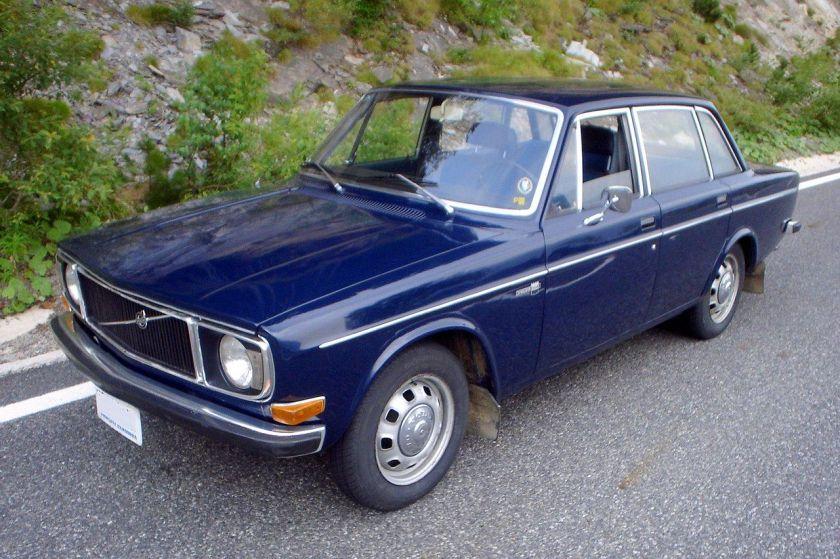 1972 Volvo 144 saloon