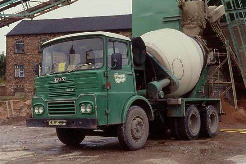 1973 Pioneer Guy Big J6