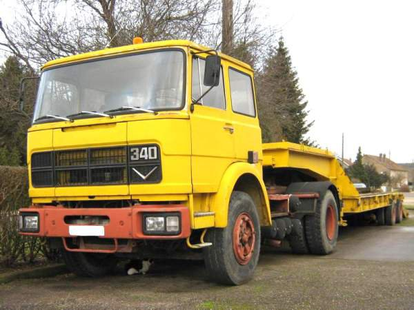 1975 UNIC T340 V8