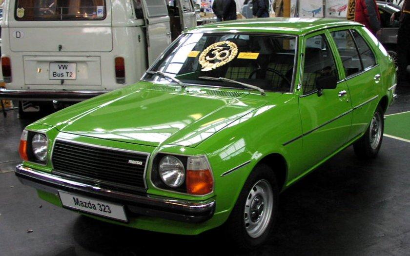 1977 Mazda_323_01