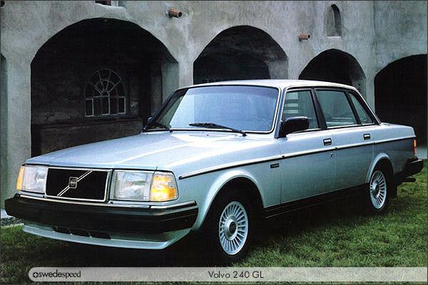 1977 Volvo 240 1