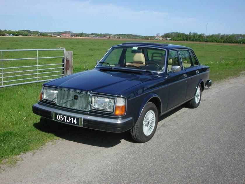 1978 Volvo 264 GL Automatic 05-TJ-14