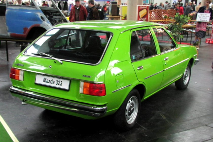 1979 MHV_Mazda_323_02