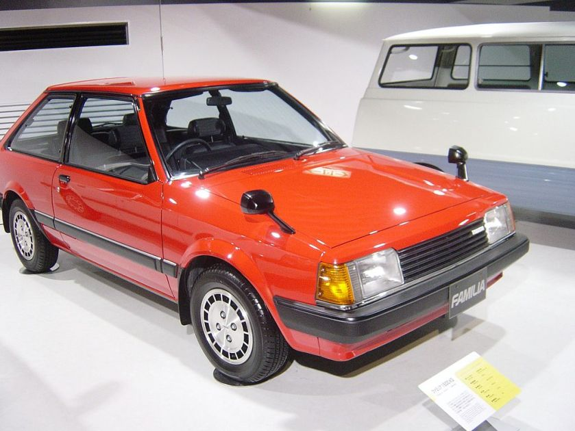 1980 Mazda 323 -FAMILIA-5th-generation01