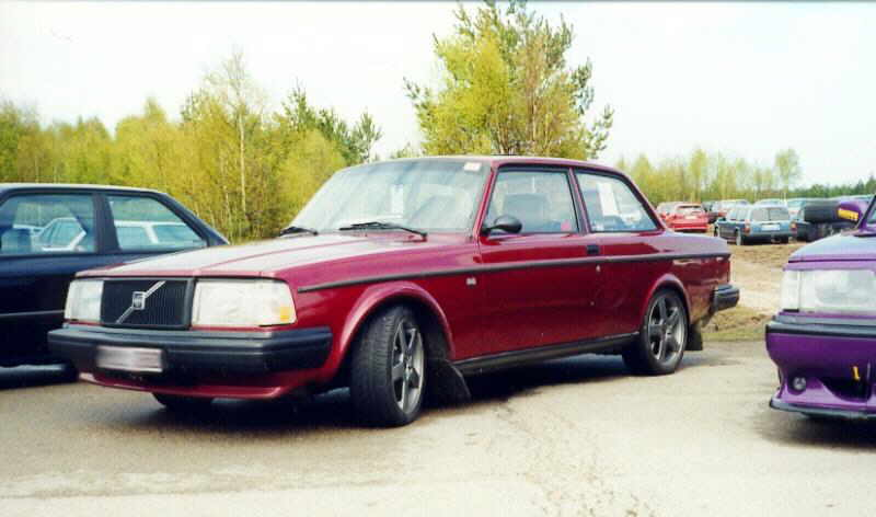 1982 Volvo 242 2