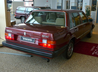 1982 Volvo 760 GLE back