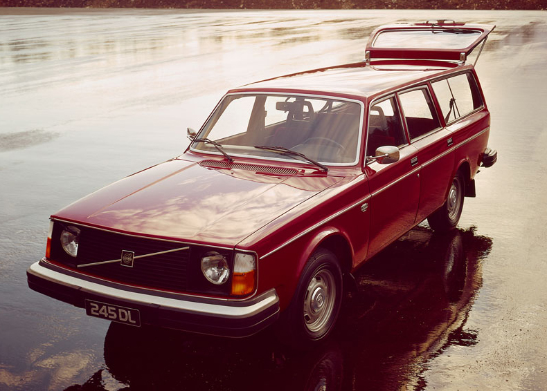 1984 Volvo 245 1