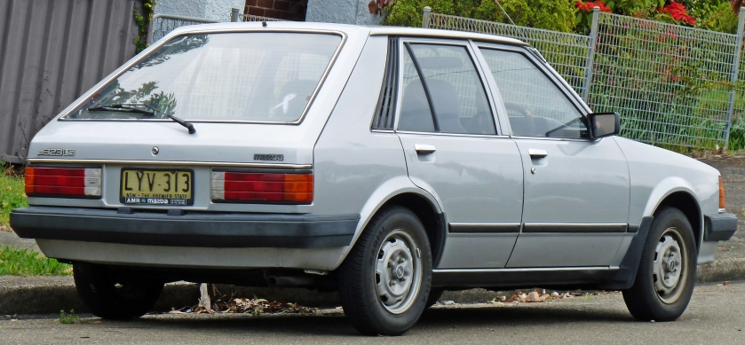 1986 Mazda 323 (BD) 5-door hatchback