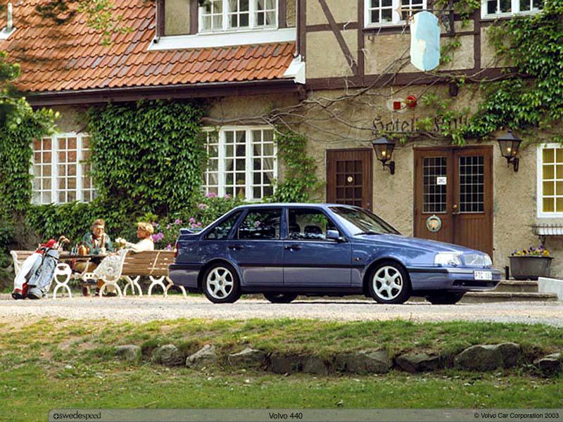 1987 Volvo 440 4