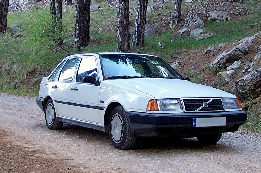 1988-1996 Volvo 440