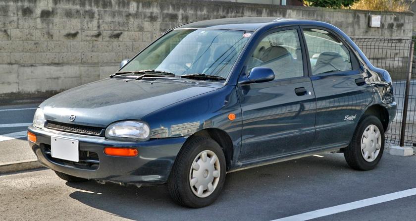 1989 Mazda Revue 1