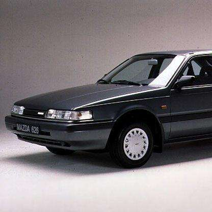 1990-mazda-626-hatchback-automobile-model-years-photo-u1
