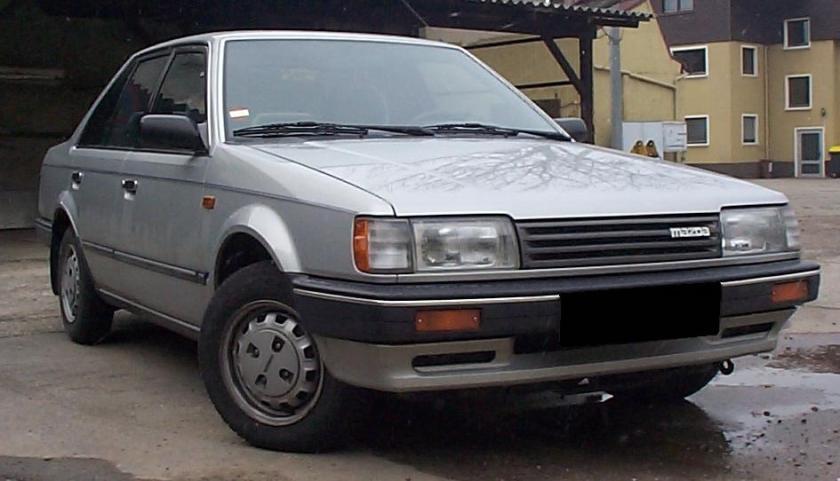 1990 Mazda323_BF1