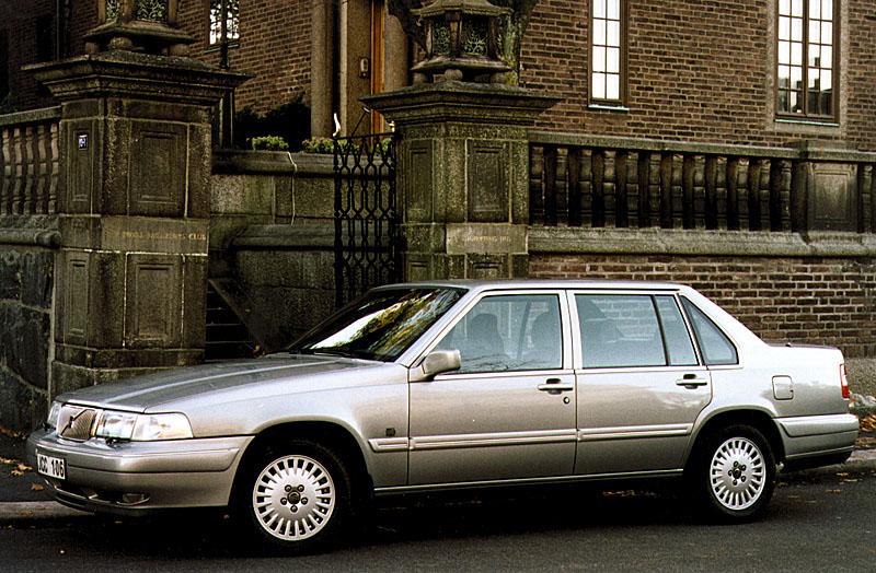 1996 Volvo S90 1