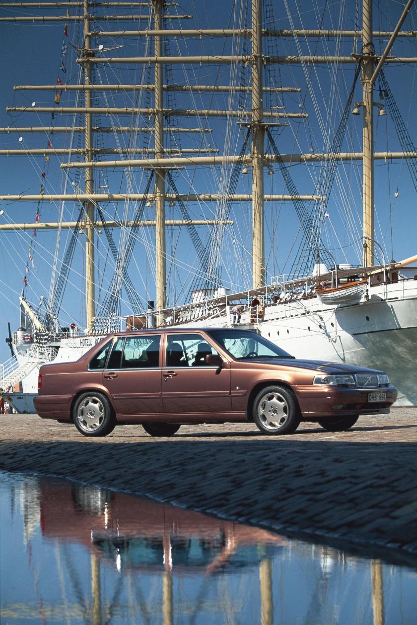 1996 Volvo S90 2
