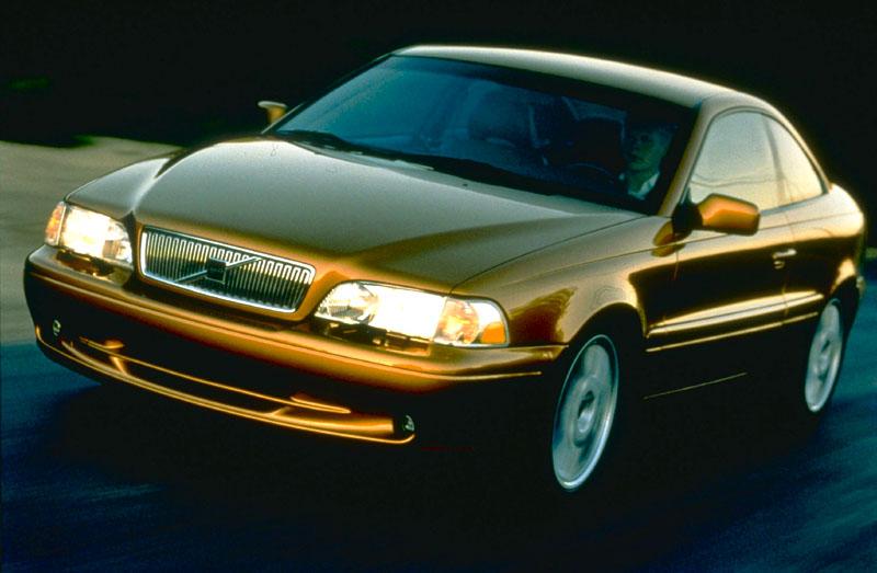 2001 Volvo C70 1
