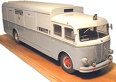 A R 800 race transporter 13934