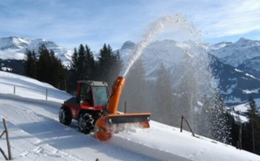 AEBI Snowblower