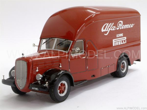 Alfa Romeo 500 race transporter 13689