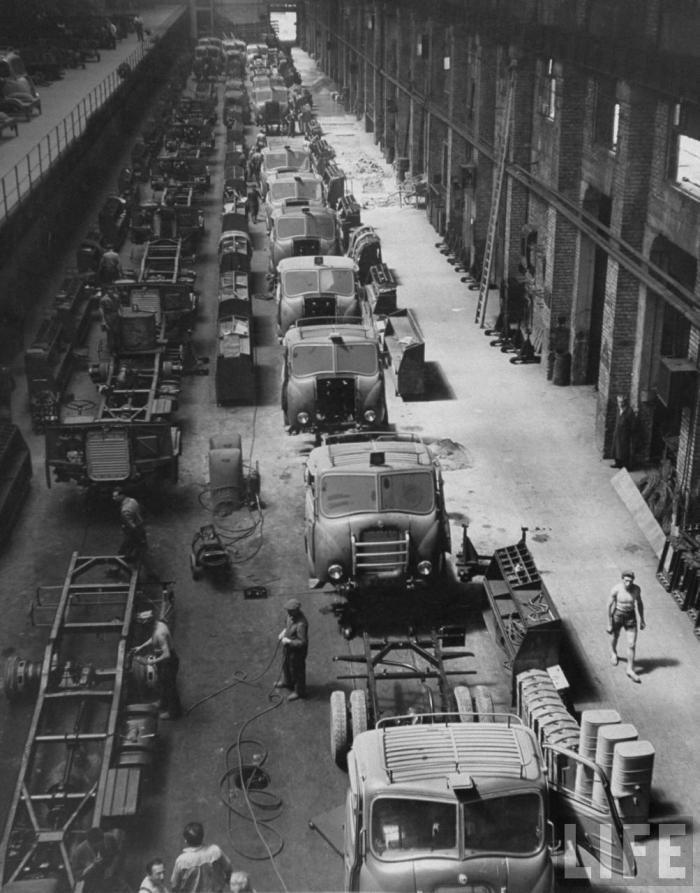 Alfa Romeo Truck assembly line