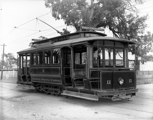 Fremantle_tram_11