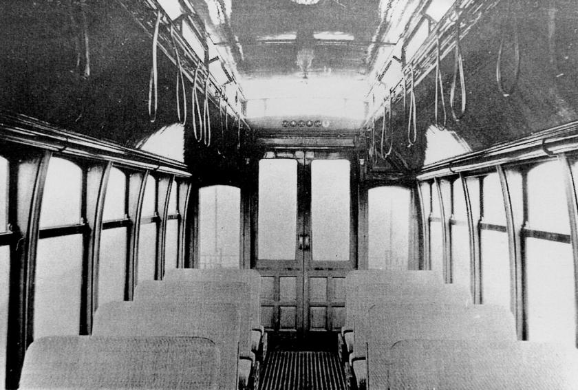 Interior_tranvía_Brill_(Lacroze_-_Tramway_Rural)