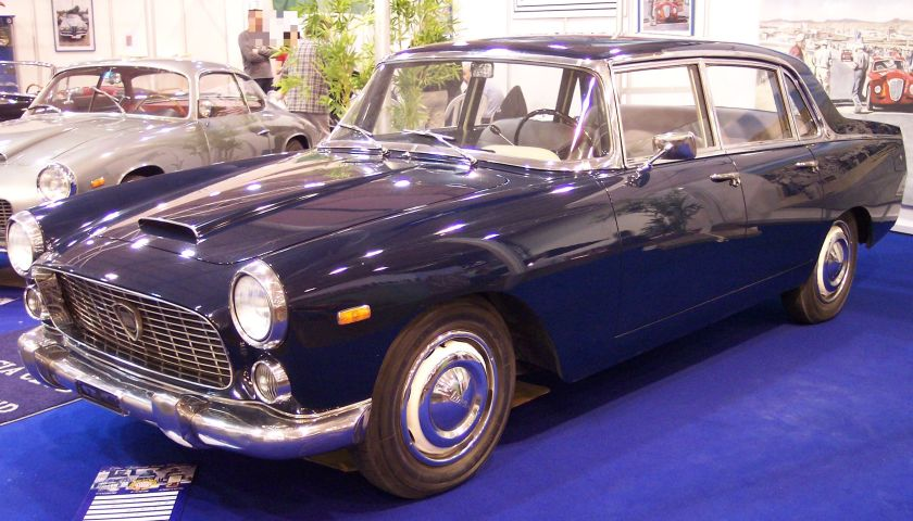 Lancia Flaminia Berlina blue