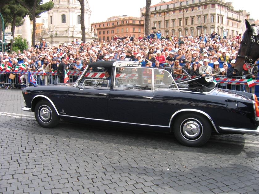 Lancia Gamma Flaminia convertibile del Presidente della Repubblica