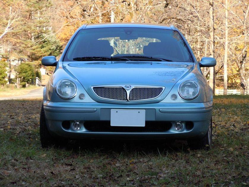 Lancia Lybra front