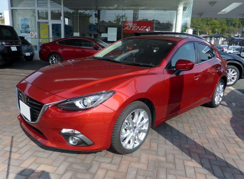 Mazda AXELA hatchback (BM)