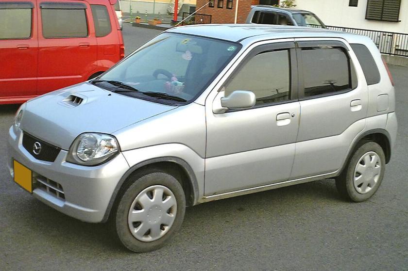 Mazda Laputa 2000