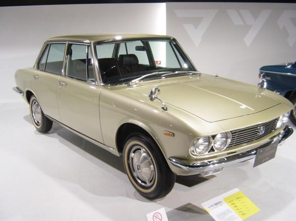 Mazda-LUCE-1st-generation01
