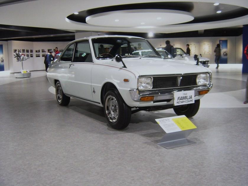 Mazda R 100