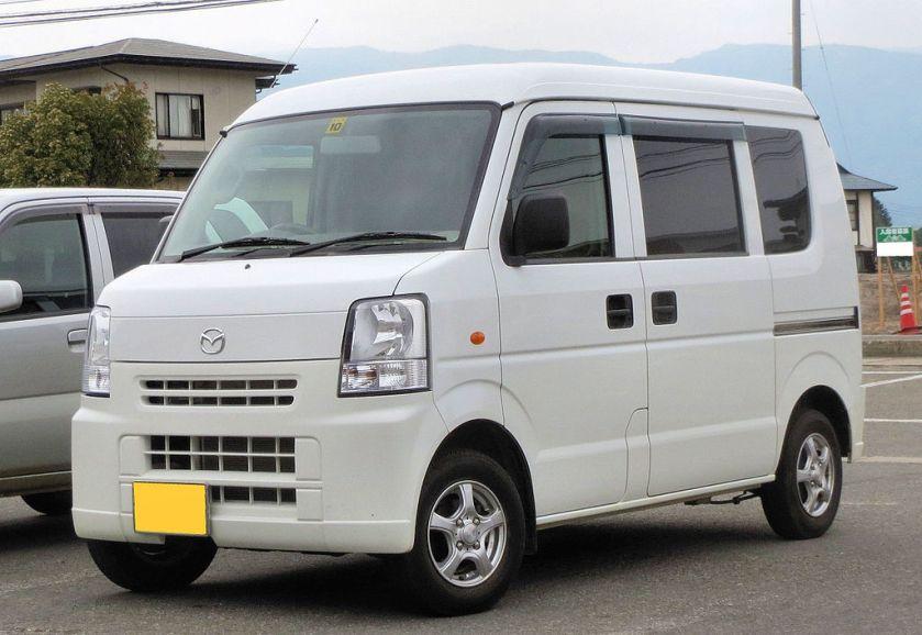 Mazda-Scurm-Van Pc 4WD