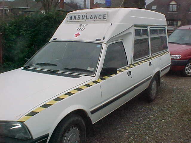 peugeot-505-ambulance-06