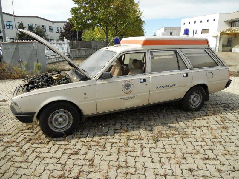 peugeot-505-ambulance-12