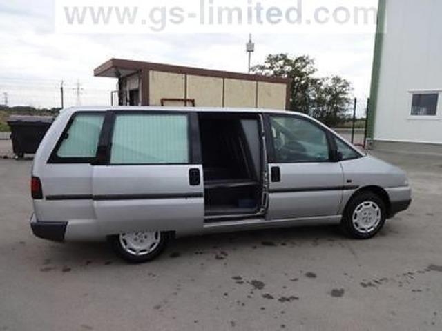 Peugeot 806 funeral car