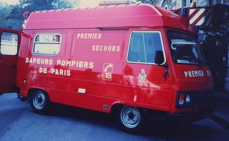 PSR 17 (Peugeot J9)Ambulances