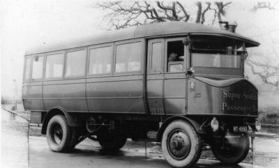 SENTINEL STEAM BUS (2)