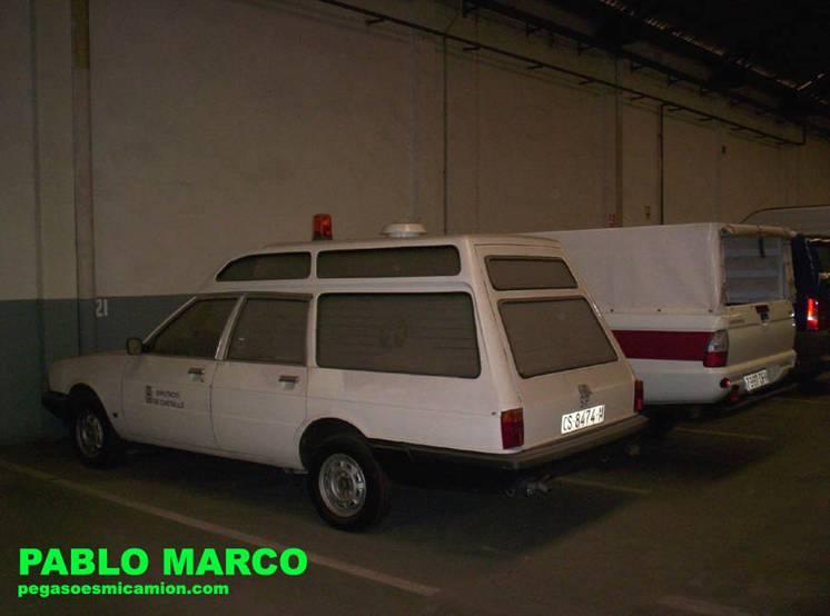 Talbot 150 Ambulancia Pin