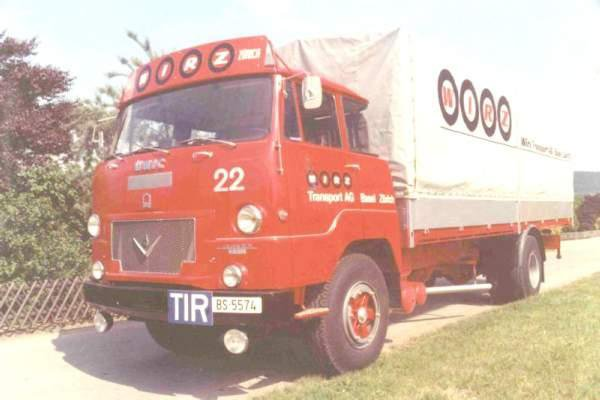 UNIC V8 à 270 cv...