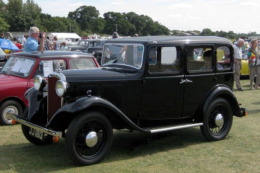 1932 Hillman_Minx_1124cc_first_reg_December_1932