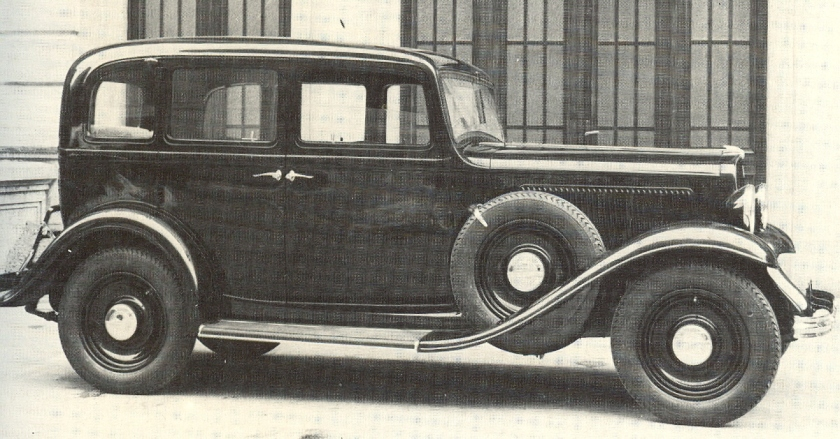 1933 Fiat 518 C Sedan
