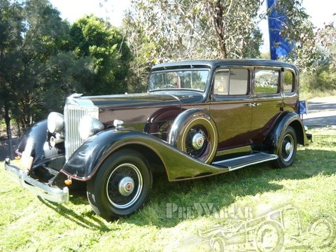1934 Packard Straight Eight 11th Series Sedan