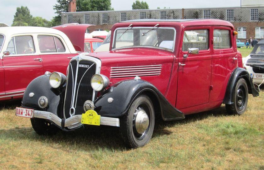 1936 Berliet 'Dauphine' berline